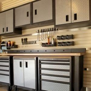 Garage & Workshop