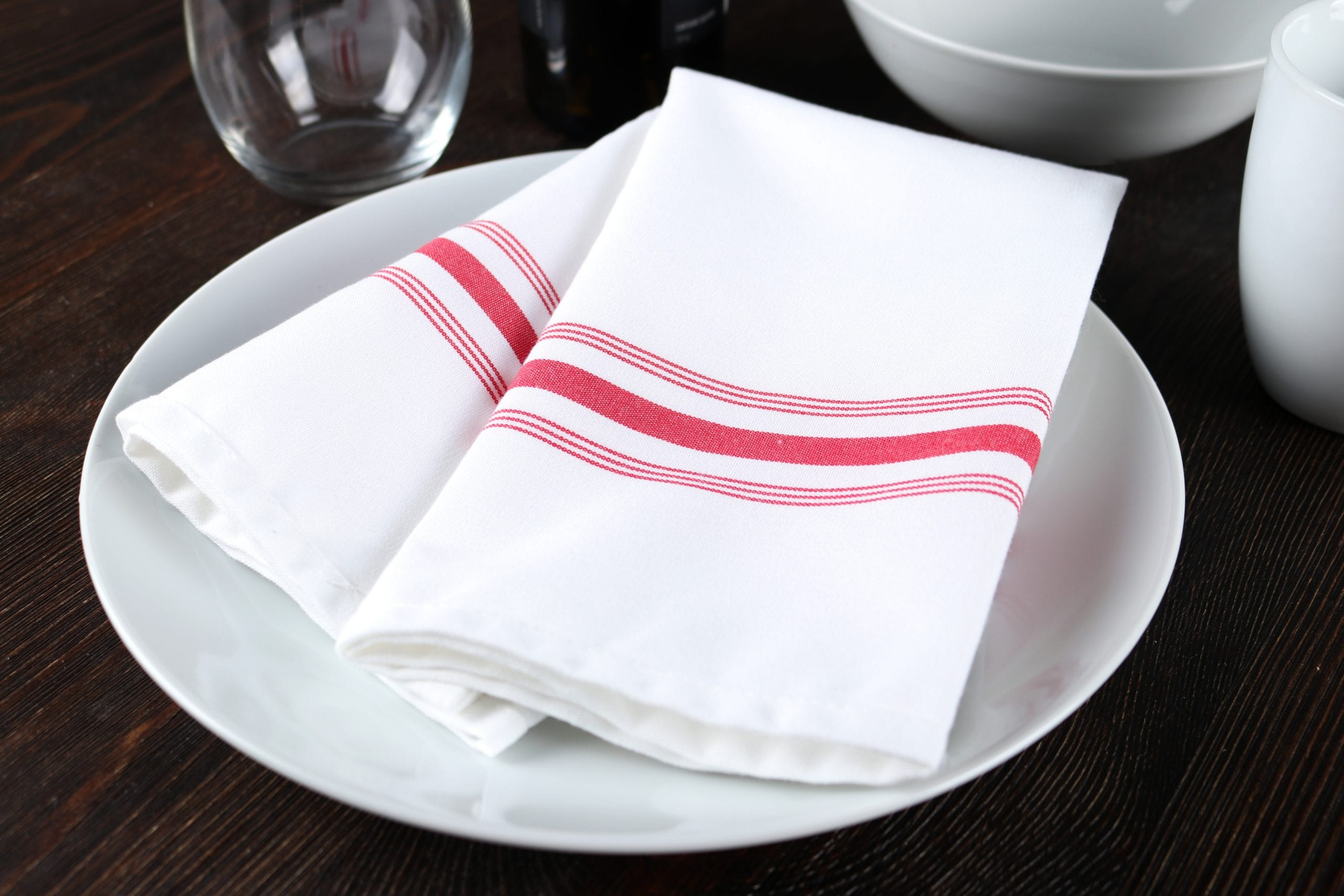Cloth Napkins Offer Style, Comfort, and Less Waste